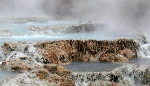 10 найдивовижніших термальних джерел і озер зі всього світу