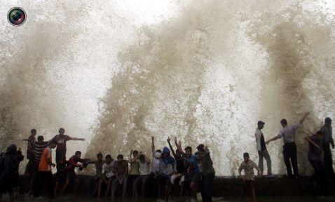 30 дивовижних знімків розлюченої водної стихії, що лякають. Частина 1