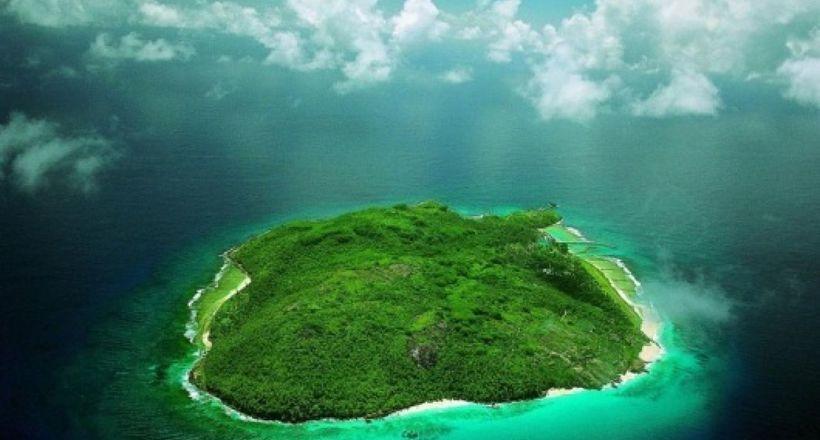 Відео: 4 безлюдних острови з темними і загадковою історією