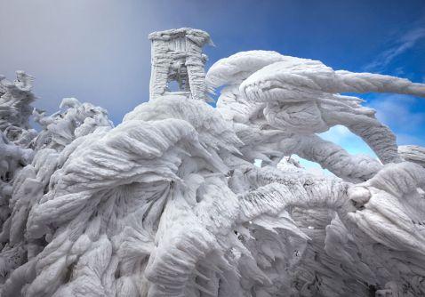 9 фото гори в Словенії після екстремальної сніжної хуртовини