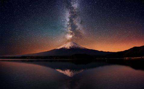 20 дивовижних знімків таємничої і незвичайною Японії