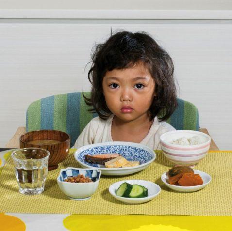 11 звичних сніданків дітей зі всього світу