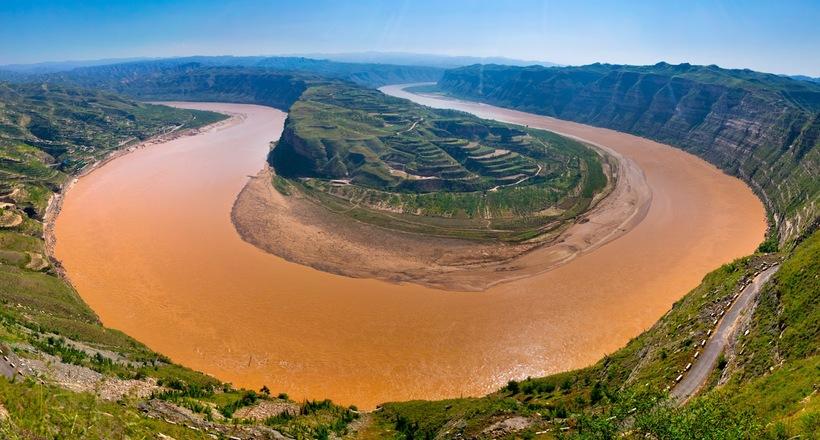 Відео: Велика «Жовта річка» Хуанхе в Китаї