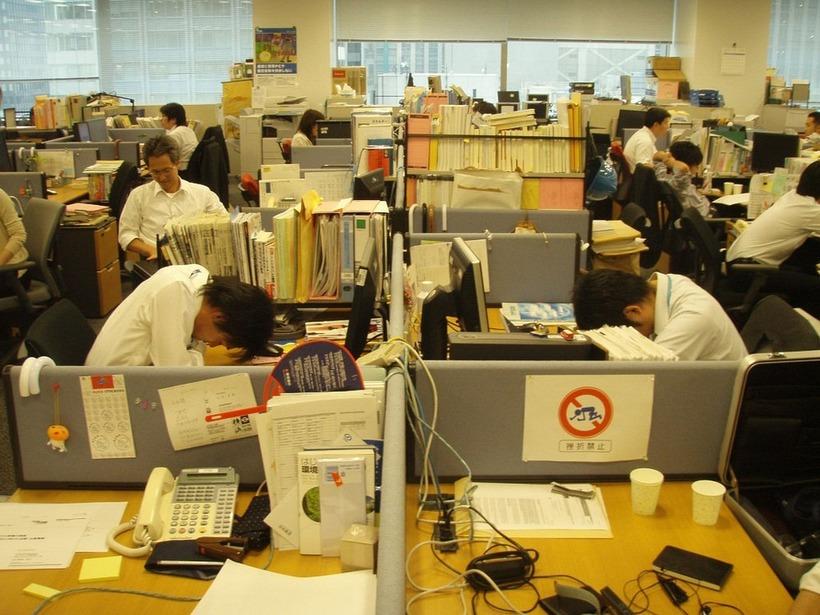 Инэмури: японське мистецтво спати на роботі
