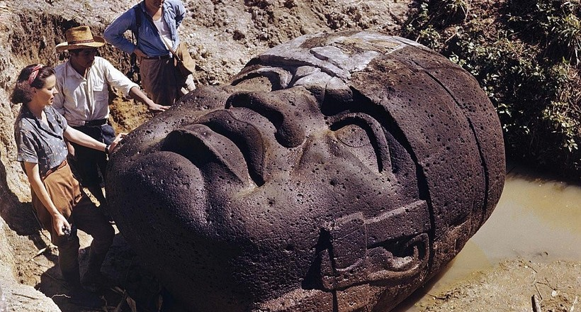 Загадки одного з самих древніх цивілізацій Америки: кам'яні голови ольмеків