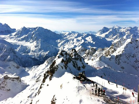 Величні Альпи і найкращі гірськолижні курорти Швейцарії