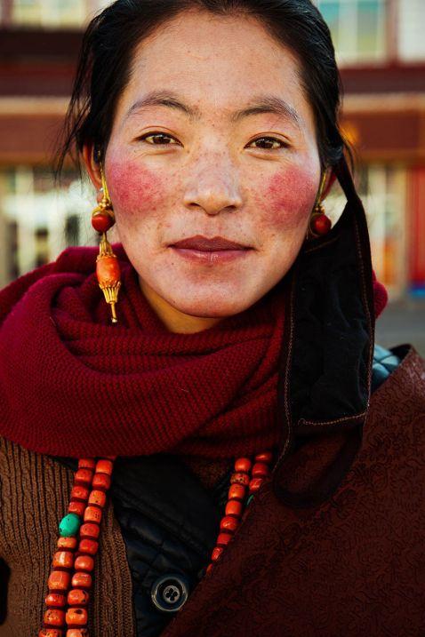 Вона сфотографувала жінок з 30 країн, щоб показати, що краса всюди. Частина 1
