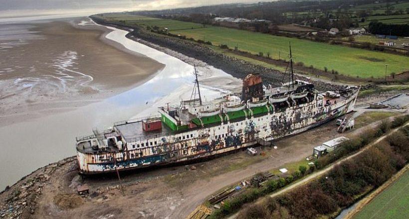 У Британії з покинутого корабля зроблять місце зомбі-апокаліпсису