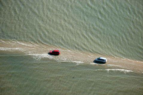 Дорога, яка двічі на добу йде під воду