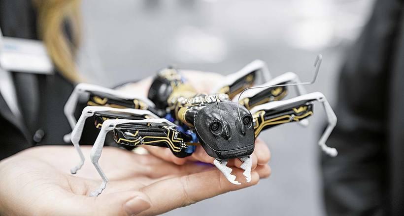 Керований світ комах: для чого створили роботів-мурах