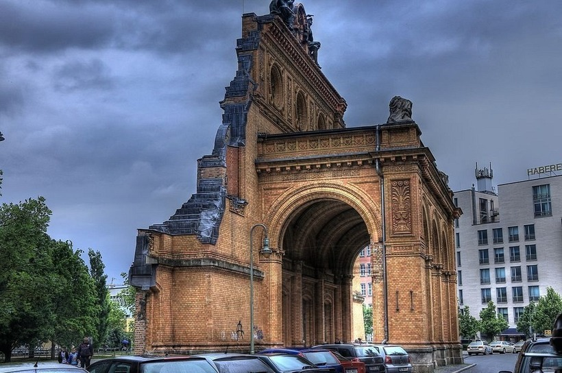 Руїни посеред Берліна: залізничний вокзал перетворився в міський парк