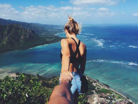 Пара подорожує по світу і доводить, що казкове життя і відносини існують насправді