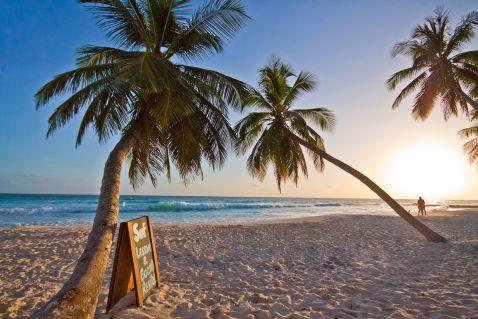 7 тропічних островів, на яких мріє побувати кожен. Це справжній рай на Землі!