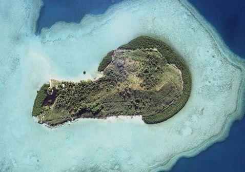 10 фото неймовірно красивого острова у формі чоловічого достоїнства, на якому ти захочеш жити