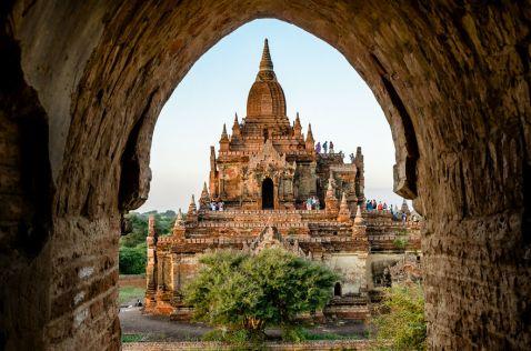 Моя незабутня подорож з Янгона в Мандалай