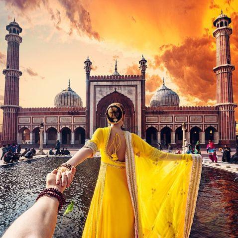 Фотограф підірвав інтернет своїм акаунтом у Instagram, відправившись за своєю нареченою в Індію