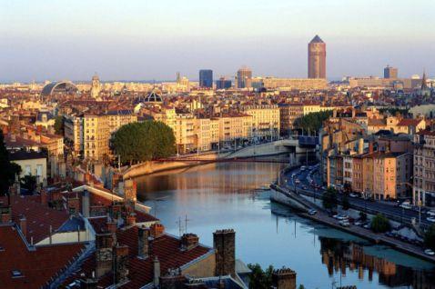 8 французьких міст, відвідування яких ти запам'ятаєш на все життя