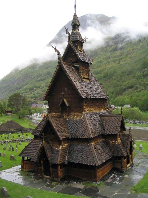 16 знімків архітектури Норвегії, які ніби зійшли зі сторінок казки