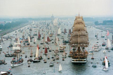 11 знімків параду кораблів в Амстердамі, після яких відразу хочеться вийти в море