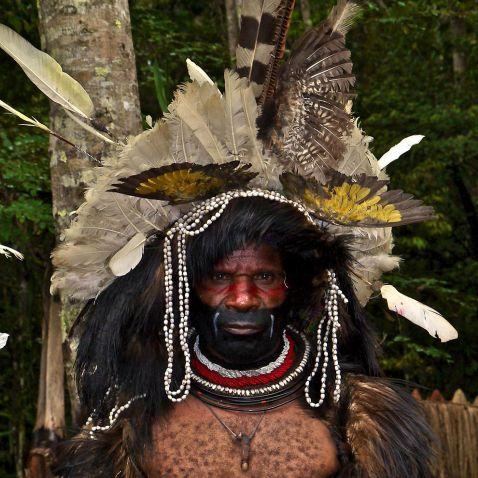 Вражаюче життя папуасів Нової Гвінеї. Таких людей ти ще не бачив!