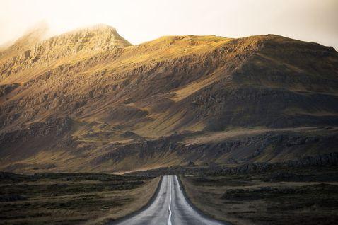 10 днів в Ісландії змінили життя хлопця назавжди!