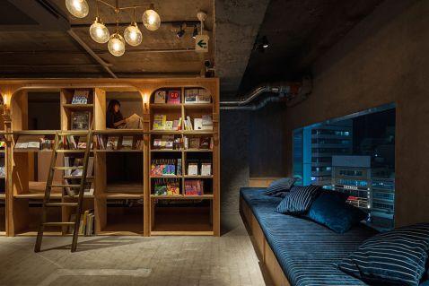 У Токіо відкрився готель, стилізований під книжковий магазин. Дивовижне місце!