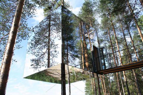 10 кращих готелів на деревах у світі