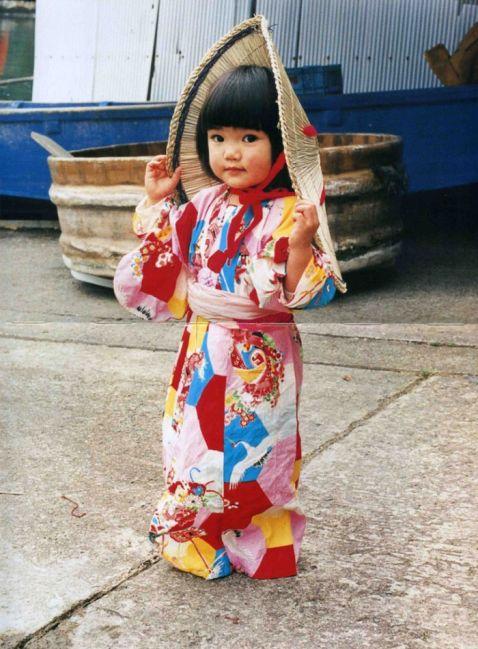 Знімки з цієї подорожі 4-річної дівчинки з Японії стали справжньою сенсацією!