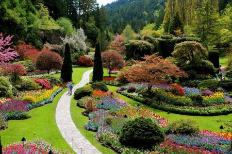 10 казкових садів і парків, де потрібно побувати навесні
