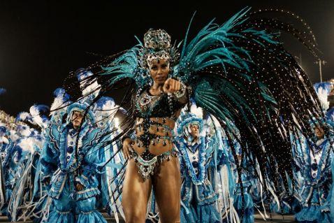 20 пікантних знімків з останнього карнавалу в Ріо-де-Жанейро на межі фолу