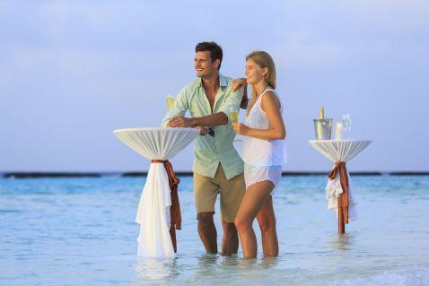 Відкрий в собі острів Kurumba Maldives