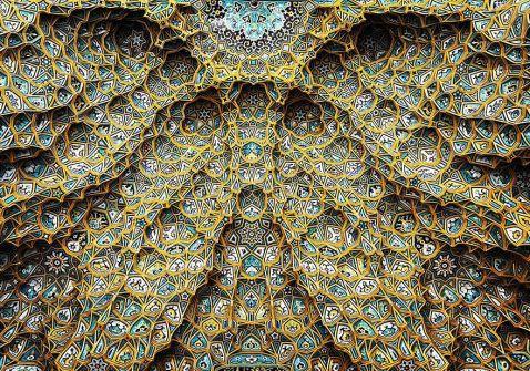 17 знімків стель іранських мечетей гіпнотичною краси