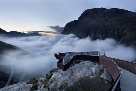 9 запаморочливих місць в світі для тих, хто не боїться висоти