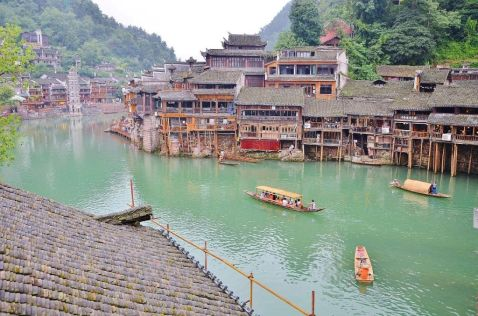 Фунфуа як найкрасивіший містечко старого доброго Китаю, який прозвали китайської Венецією