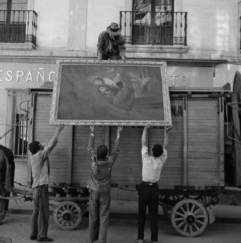 Як жила Європа в 50-е: 31 вражаючий чорно-білий знімок