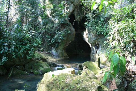 Священна печера Кришталева діви стародавньої цивілізації майя