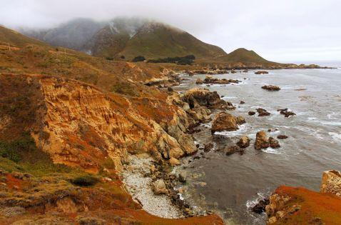 15 сумних фото самого мальовничого місця Каліфорнії, яке згоріло дотла
