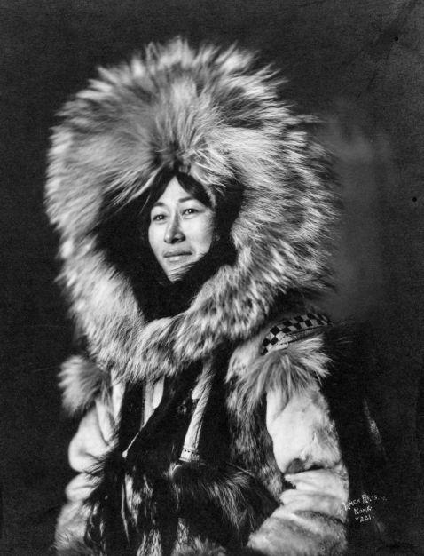 Ескімоси Аляски на безцінних історичних знімках 1903 — 1930 років