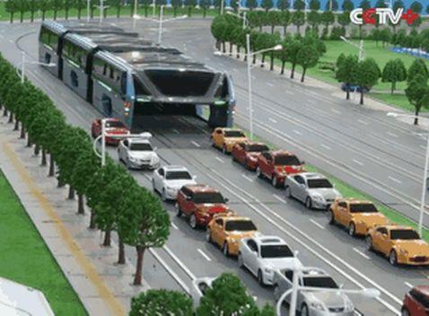 Фантастичний автобус, представлений китайцями в травні, тепер існує в реальності!