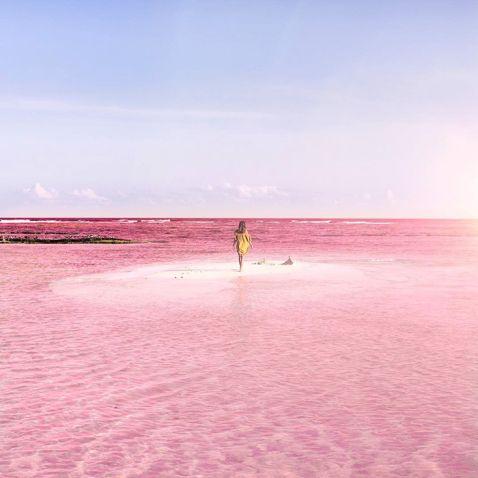 Природна рожева лагуна в Мексиці — місце, гідне власного акаунту в Instagram