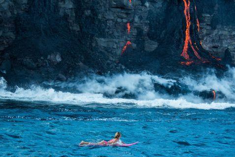 Заплив з лавою на Гаваях