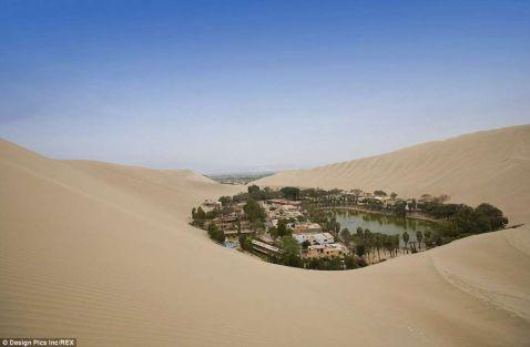 Ні, це не міраж! Дивовижний місто-оазис серед пустелі в Перу