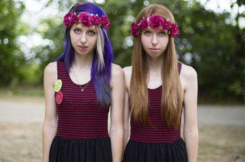 29 класних знімків з дивного фестивалю близнюків в Твинсбурге