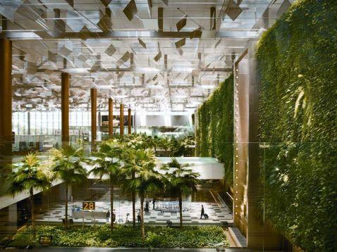 Топ-10 кращих аеропортів світу, в яких треба побувати, як у музеях