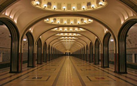 Найкрасивіша станція метро в Москві