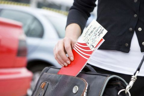 Чи потрібно роздруковувати електронний квиток на літак?