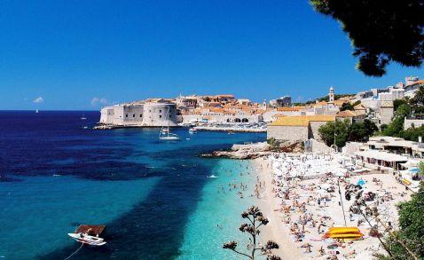 Кіпр пропонує скасувати шенгенські візи для туристів з Росії