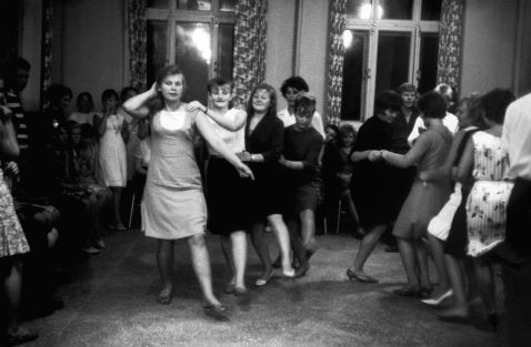 15 чесних знімків Єви Арнольд про життя в СРСР у 1966 році