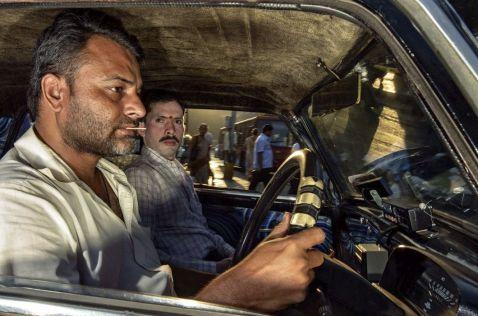 16 незрівнянних знімків про спекотні будні індійських таксистів