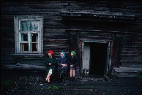 12 чесних знімків про життя в Росії 90-х, зроблених американським фотографом